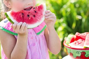 Encourage the kids to eat healthily with these tips